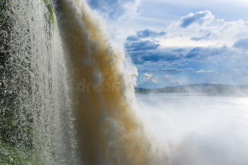 Cascada en Canaima, Venezuela imagen de archivo libre de regalías