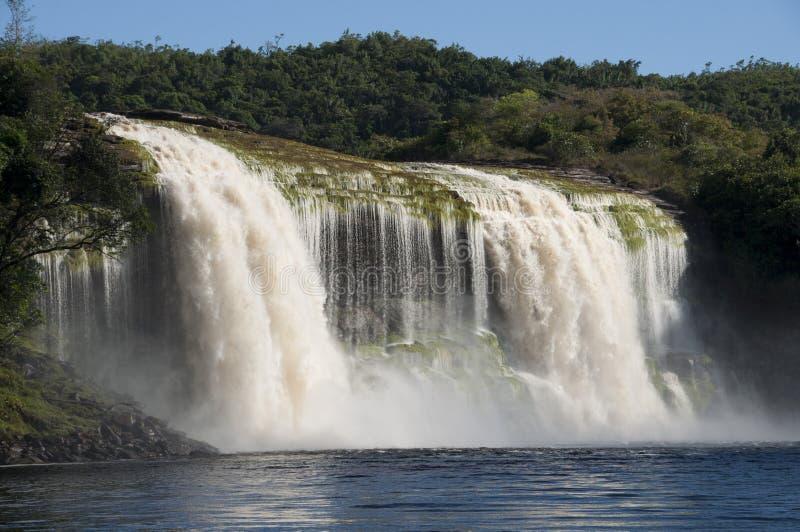 Cascada en Canaima, Venezuela imagen de archivo