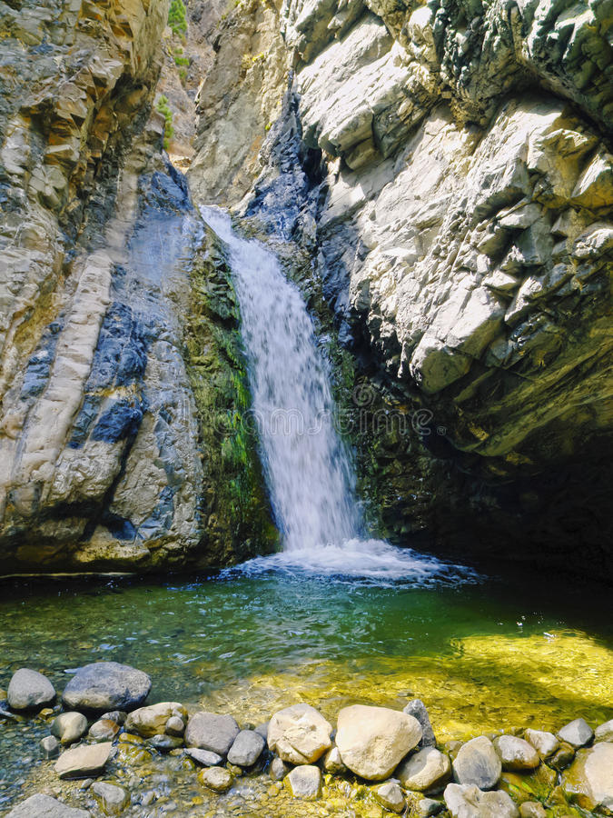 Cascada en el parque nacional de Caldera de Taburiente en el La Palma imágenes de archivo libres de regalías