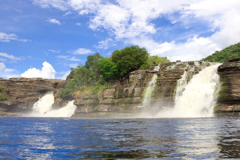 Cascada en el parque nacional de Canaima fotos de archivo
