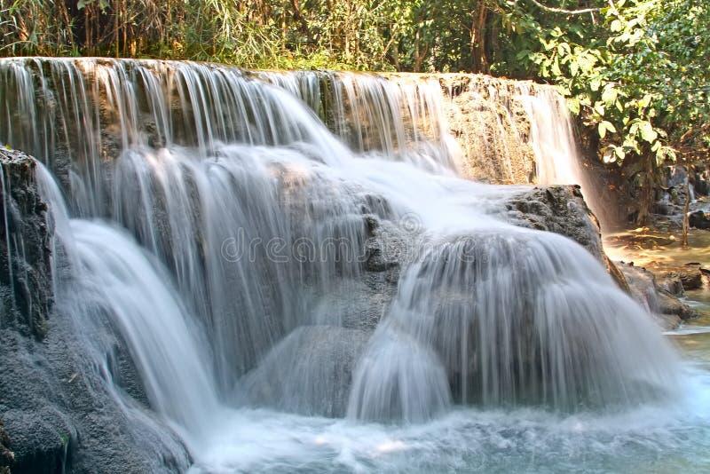Download Cascada en selva foto de archivo. Imagen de parque, como - 44850928