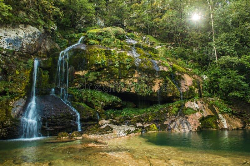 Cascada escénica de Eslovenia Virje imágenes de archivo libres de regalías