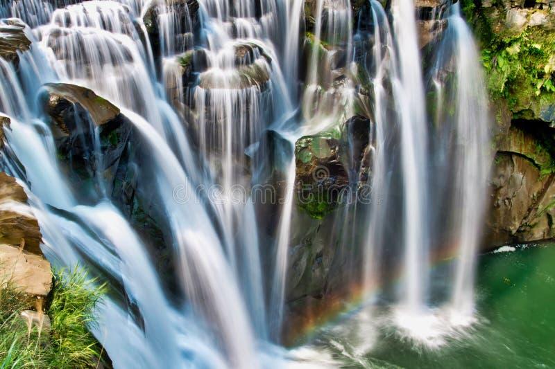 Cascada hermosa en Taiw?n fotografía de archivo libre de regalías