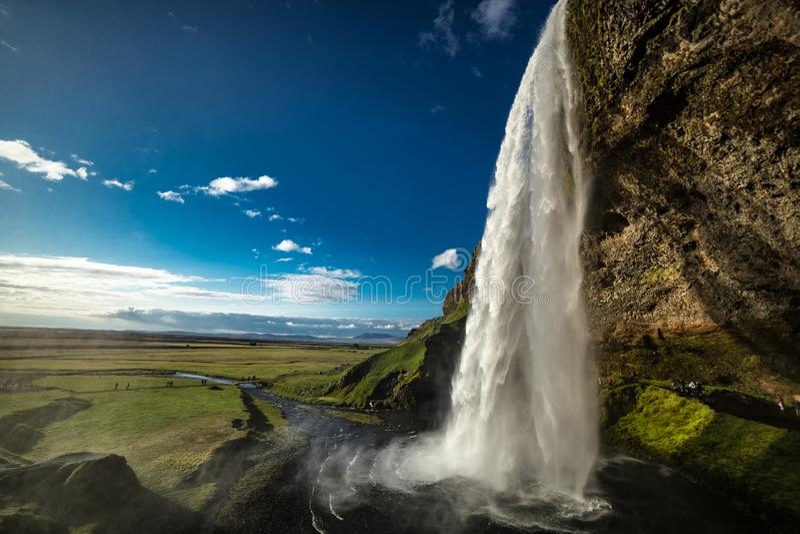 Cascada islandesa famosa Islandia de Seljalandsfoss foto de archivo