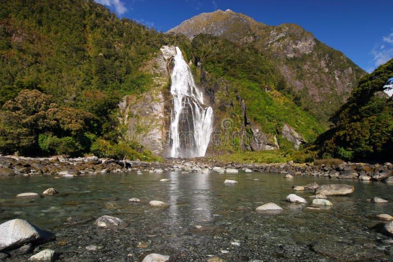 Cascada Milford Sound Nueva Zelandia de Bowen imágenes de archivo libres de regalías