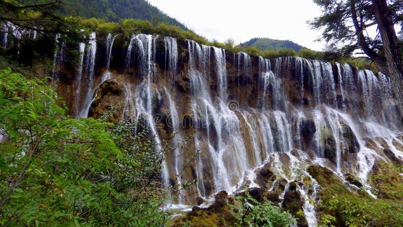 Cascada, parque nacional de Jiuzhaigou, China imagenes de archivo