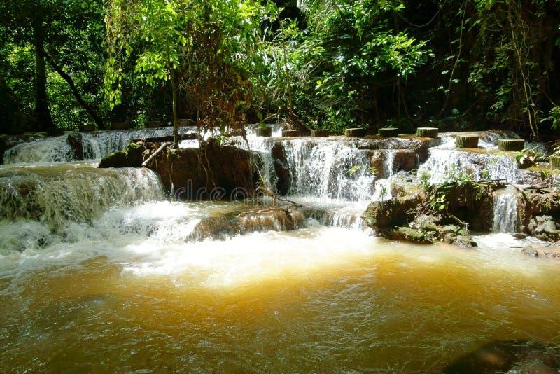Cascada que el parque nacional de Bok Khorani en Krabi, Tailandia fotografía de archivo libre de regalías