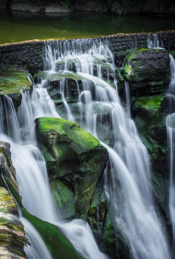 Cascada   ShiFen imagenes de archivo