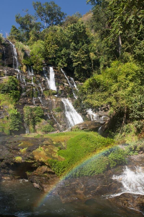 Cascada Tailandia de Wachirathan fotos de archivo