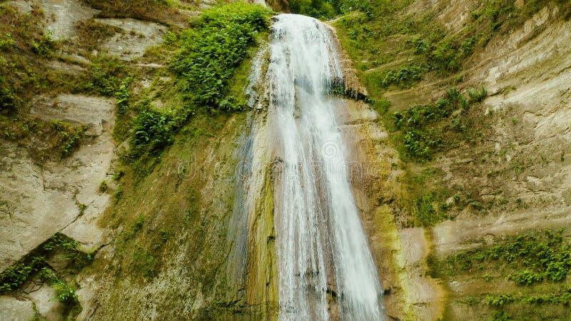 Cascada tropical hermosa Filipinas, Cebú foto de archivo libre de regalías