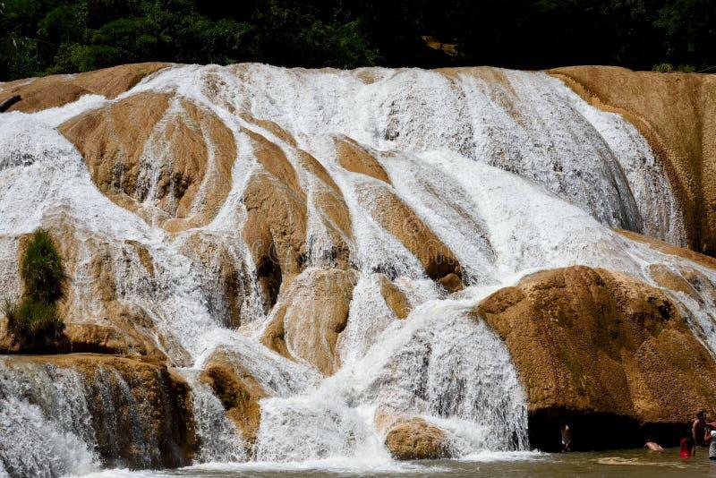 Cascadas de Agua Azul стоковое фото rf