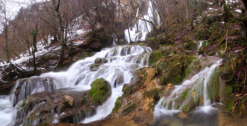 Cascadas de Andoin en invierno fotos de archivo libres de regalías