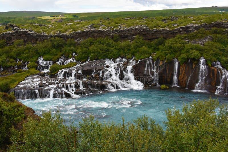 Cascadas de Hraunfossar Barnafoss foto de archivo