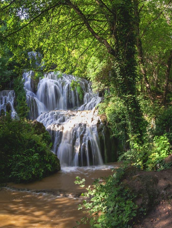Cascadas de Krushuna en Bulgaria imagen de archivo