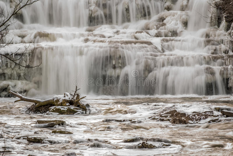 Cascadas del invierno foto de archivo