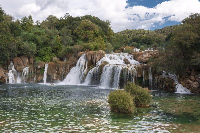 Cascadas del parque nacional de Krka en la región de Dalmacia de Croacia imagen de archivo