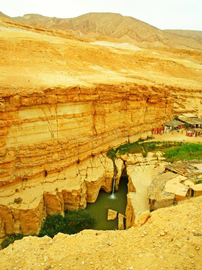 Cascadas Desierto rocoso al sur de Túnez fotos de archivo
