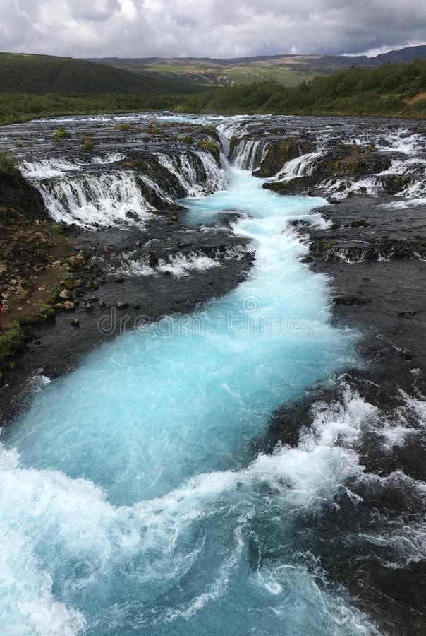 Cascadas magníficas de Bruarfoss en Islandia foto de archivo libre de regalías