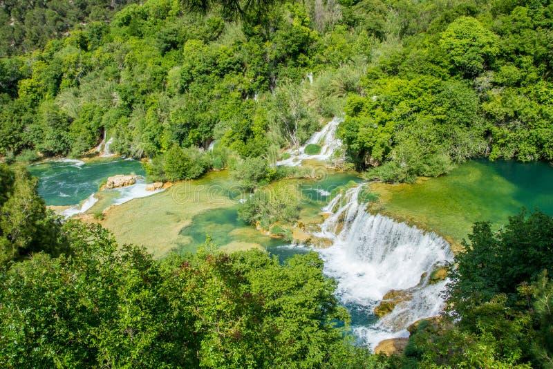 Cascadas y piscinas en el parque nacional de Krka foto de archivo libre de regalías