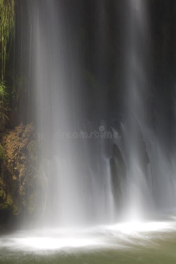 Cascade à écriture ligne par ligne de Monasterio de Piedra photo libre de droits