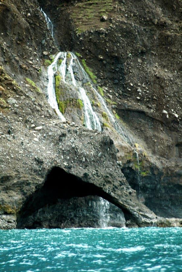 Cascade à écriture ligne par ligne de Napali image stock