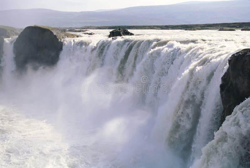 Cascade à écriture ligne par ligne Islande de Godafoss photographie stock