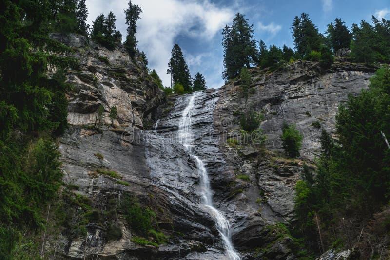 Cascade autrichienne énorme dans maltatal photo stock