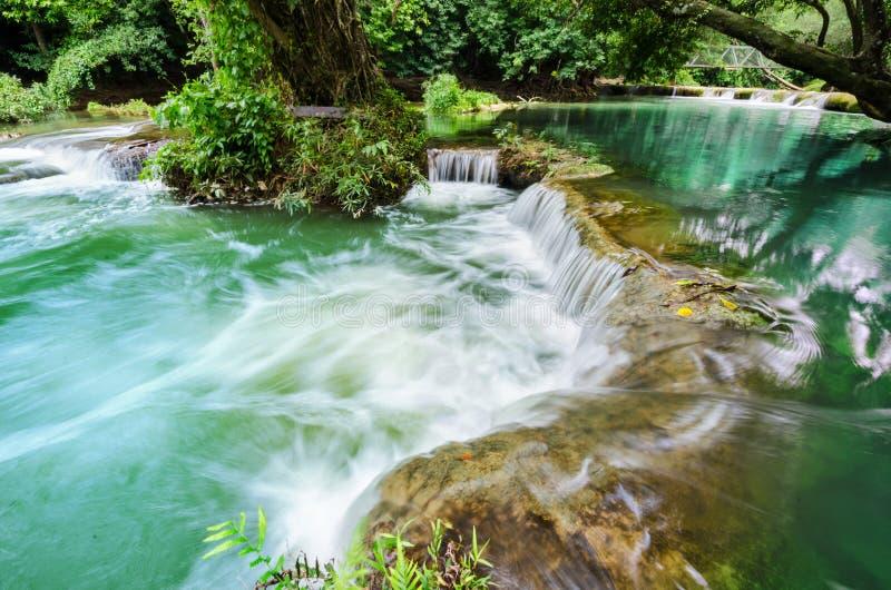 Cascade Chet-Sao-NOI en parc national de Khao Yai, image libre de droits