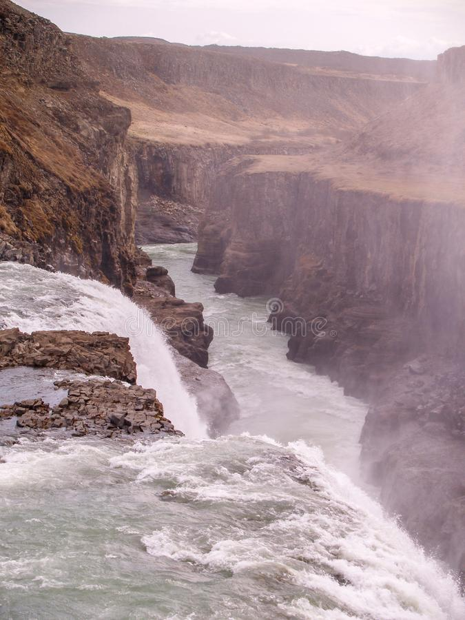 Cascade ? ?criture ligne par ligne de Gullfoss, Islande image stock