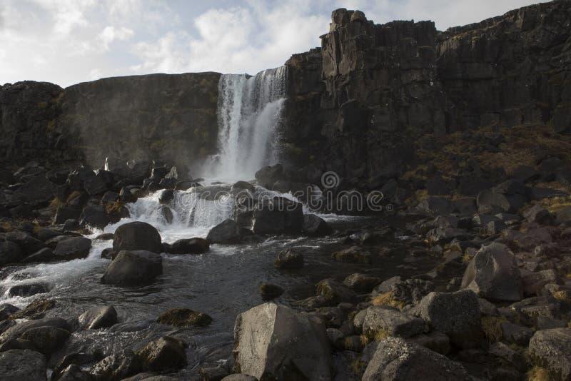 Cascade d'Oxararfoss au parc national de Thingvellir photos libres de droits