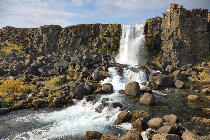 Cascade d'Oxararfoss en parc national de Thingvellir, Islande image libre de droits