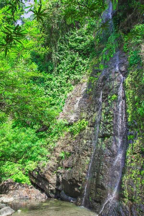 Cascade dans Vang Vieng images stock