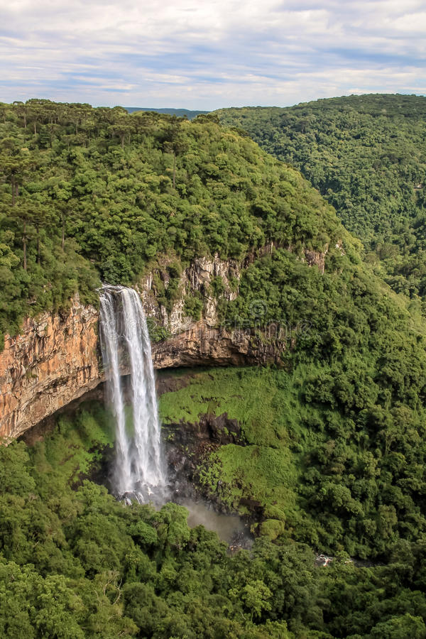 Cascade de Caracol - Canela, Rio Grande font Sul, Brésil images stock