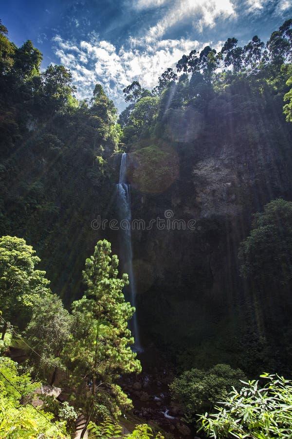 cascade de cimahi photographie stock libre de droits