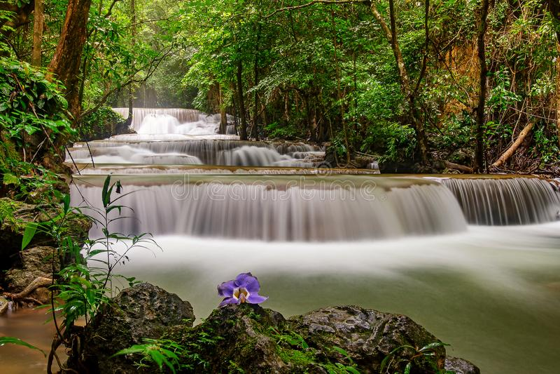 Cascade de Huai Mae Khamin image libre de droits