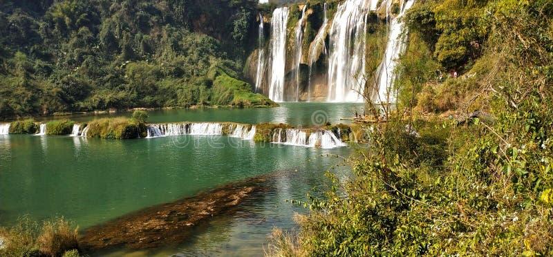 Cascade de Jiulong, province de Yunnan, Chine images libres de droits