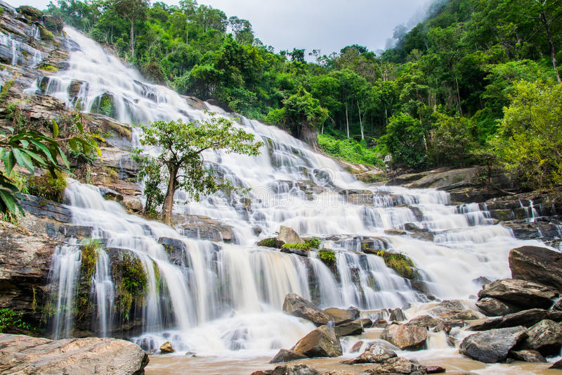 Cascade de Maeya photos libres de droits