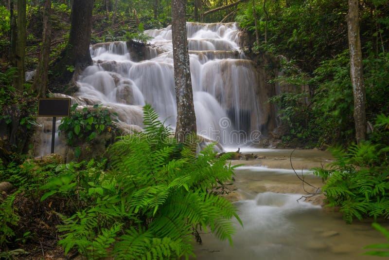 Cascade de Pukang, belle cascade en province de Chiang Rai, Th photos stock