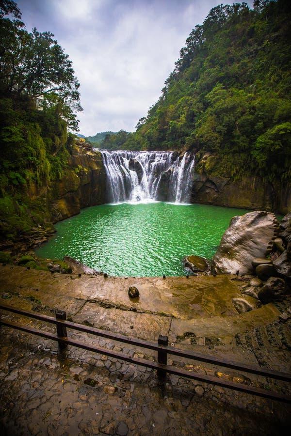 Cascade de Shifen à Taïwan photographie stock