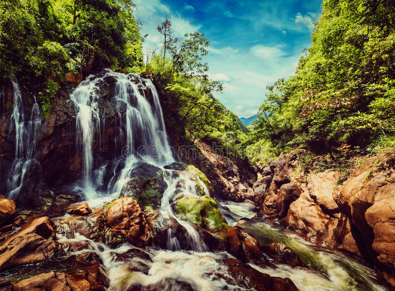 Cascade de Tien Sa au Vietnam photos libres de droits