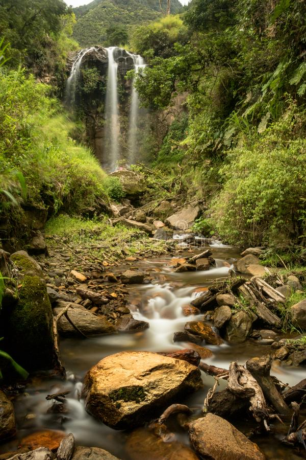 Cascade en banos de agua Santa photographie stock libre de droits