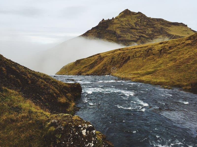 Cascade islandaise Skogar image libre de droits