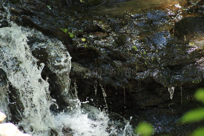 Cascade minuscule images stock