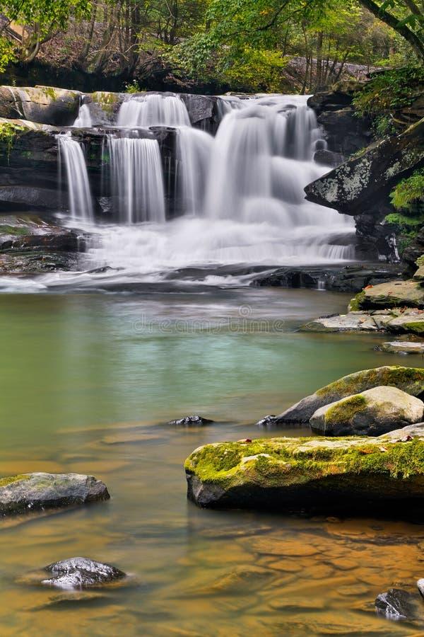 Cascade sur la crique de Dunloup images stock