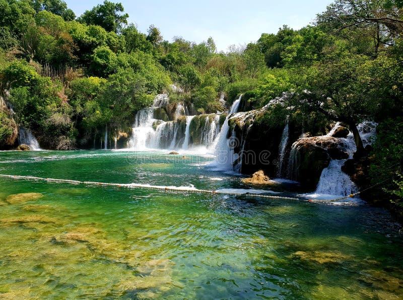 Cascade sur la rivière Croatie de Krka photographie stock libre de droits