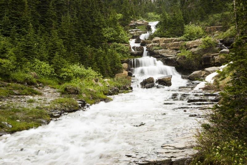 Cascades à écriture ligne par ligne en glacier photos libres de droits