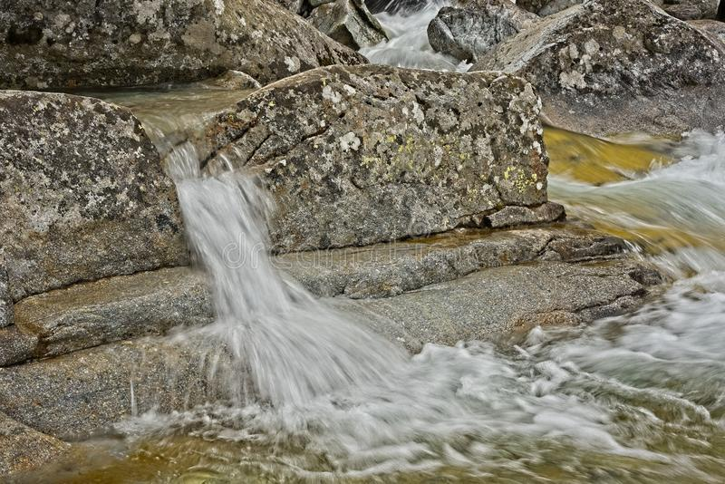 Cascades froides de grincement photos stock