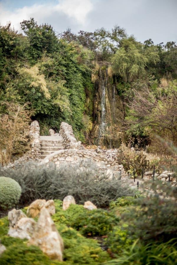 Cascata al giardino giapponese fotografia stock