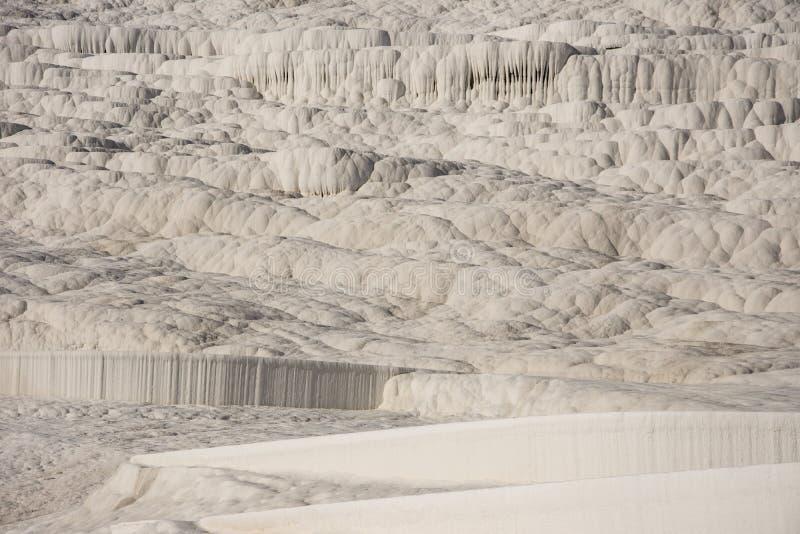 A cascata branca bonita em Pamukkale fotografia de stock