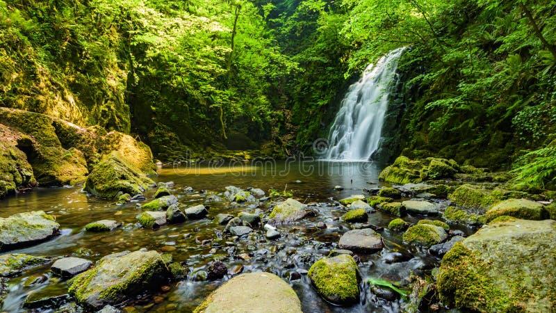 Cascata di Glenoe fotografia stock libera da diritti